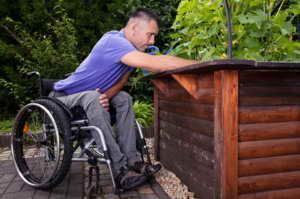 Hochbeete für Rollstuhl-Fahrer